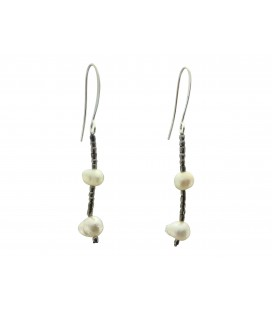 Freshwater pearls earrings