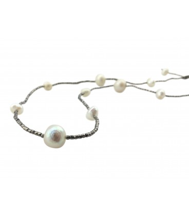 Short freshwater pearls necklace